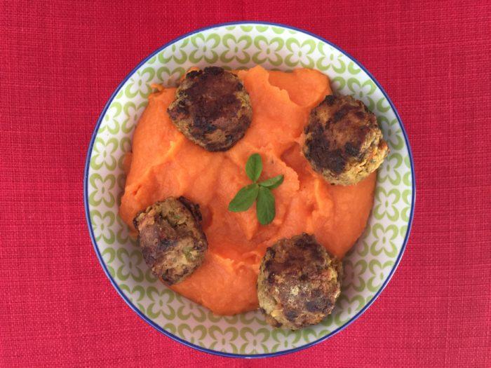 Boulettes de viande aux carottes avec purée