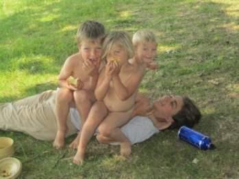 Laetitia et ses enfants pour Super Boîte à Lunch