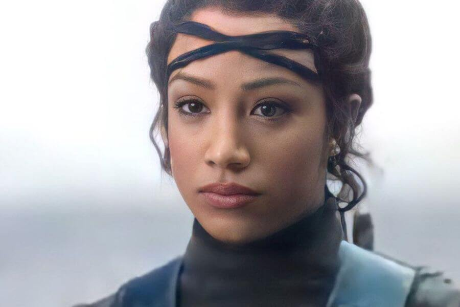 Sasha Banks Mandalorian