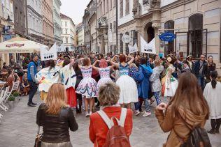 Fashion Marš1