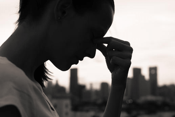 The 10 Signs Of Depression And The Ways To Deal With It