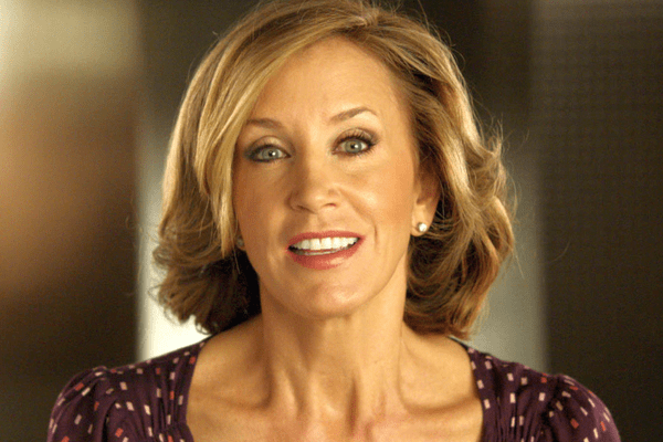 Felicity Huffman Net Worth, Early Life, Education, Theatre, Big Screen Career, Awards and Personal Life