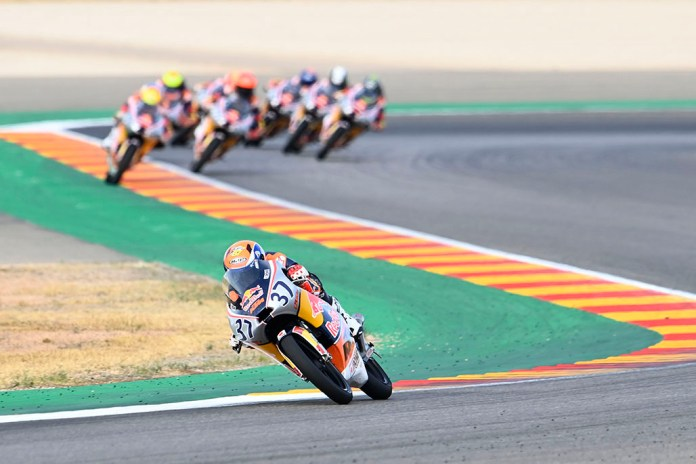Acosta Takes It To Another Level In Rookies Cup Race 2 At Aragon 01