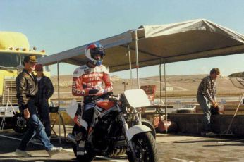 Doug Chandler takes a ride on our 1986 Ninja at Laguna.