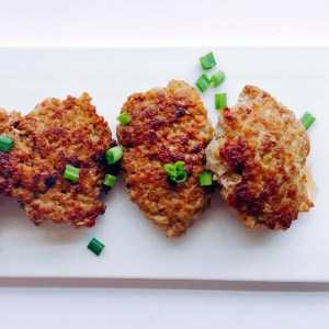 Easy and healthy pork patties with a dash of turmeric