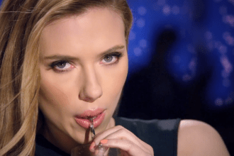 2014 SodaStream - Watch as Scarlett Johansson shows us how to save the world with a soda that's better-for-you