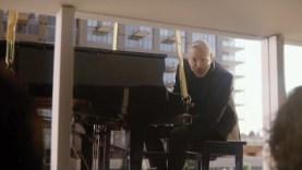"Apartments.com 2016 Super Bowl 50 Ad ""Moving Day"""