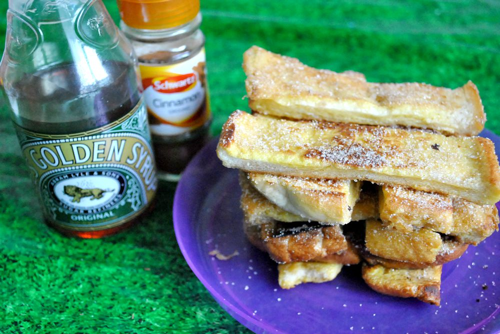 Toddler Treats – Cinnamon French Toast Sticks!