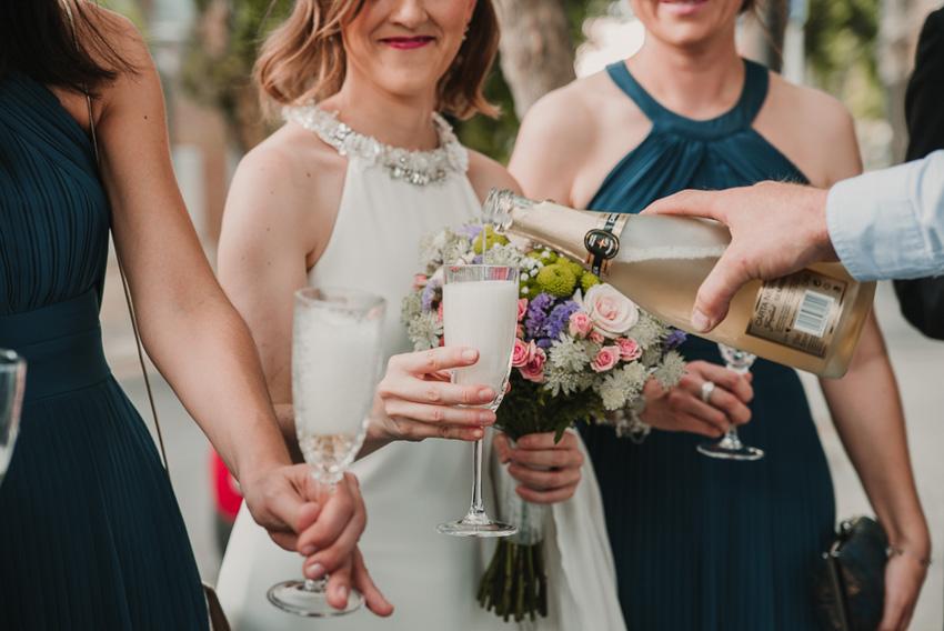 detalle de brindis de novia