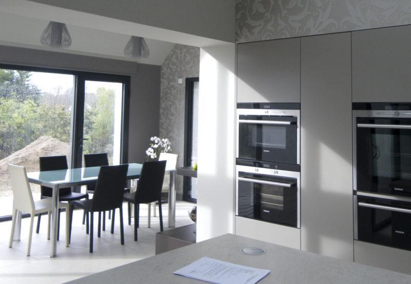 extension-maison-neo-bretonne-cuisine-salle
