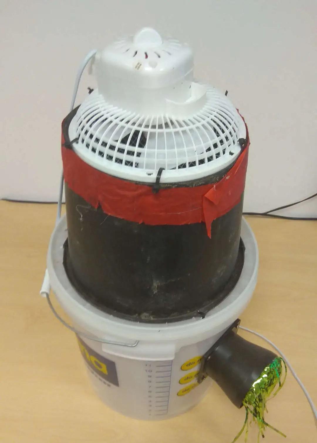 Jak zbudować klimatyzator/klimator – sposób na upał w biurze :)