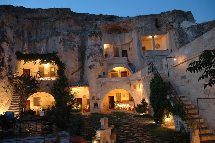 unusual-themed-hotels-21-2