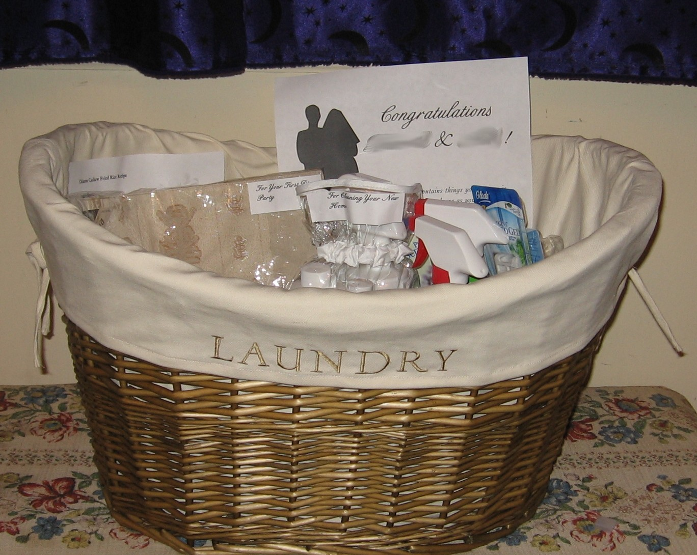Frugal Holidays: Stockpile Gift Baskets