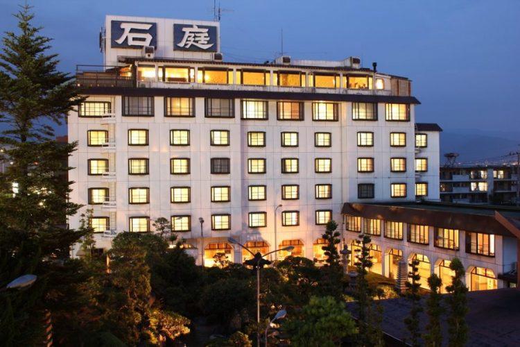 ホテル石庭外観