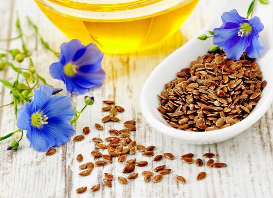 アマニ油の効果効能がスゴイ!注目栄養成分のαリノレン酸や摂取量、食べ方(加熱)、選び方について