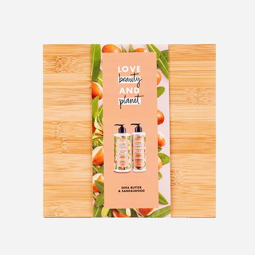 Love Beauty & Planet Shea Butter & Sandalwood Oil luxe bamboo geschenkset
