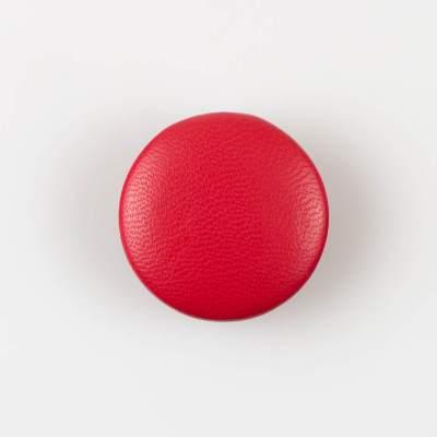 Guzik czerwony obciągany skórą cielęcą 32 mm
