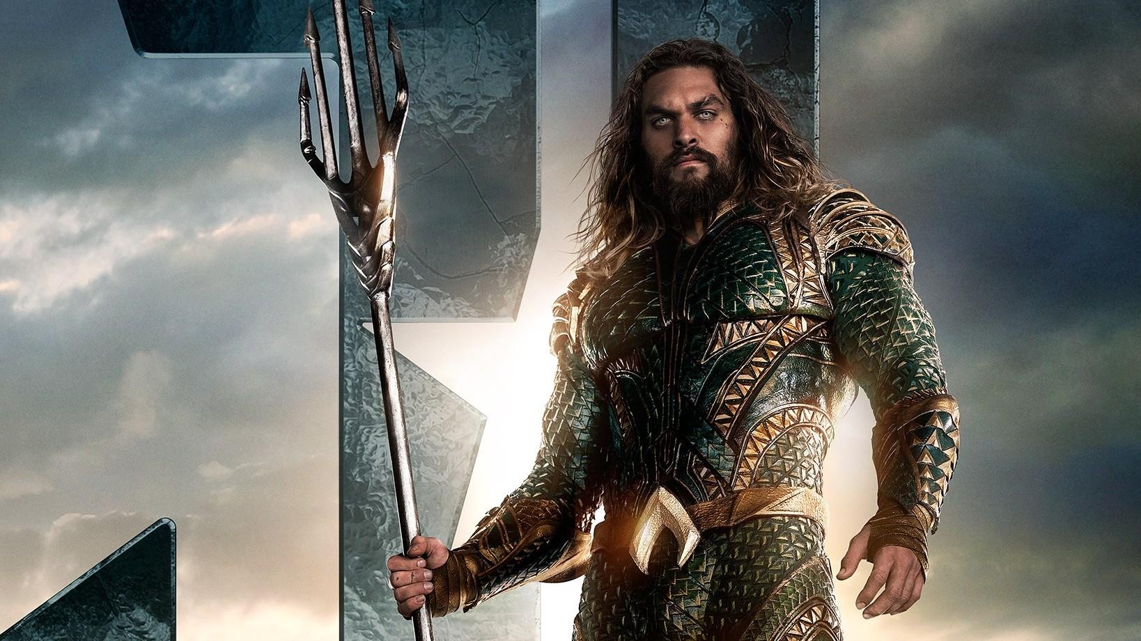 Justice-League-Poster-Aquaman-F