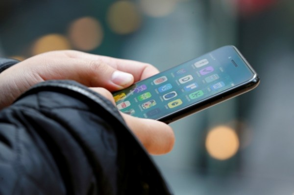 These 5 Things Are Killing Your Smartphone's Battery Life