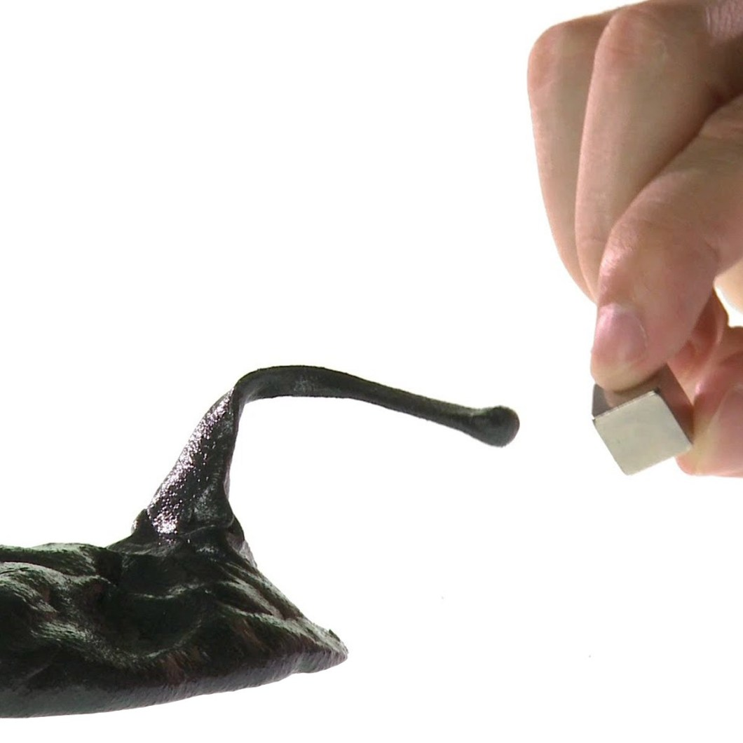 3-magnetic-putty