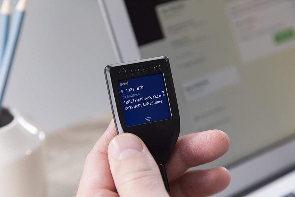 Trezor Model T Crypto Hardware Wallet - Air-Gapped
