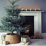 minimalist-tree-mantle