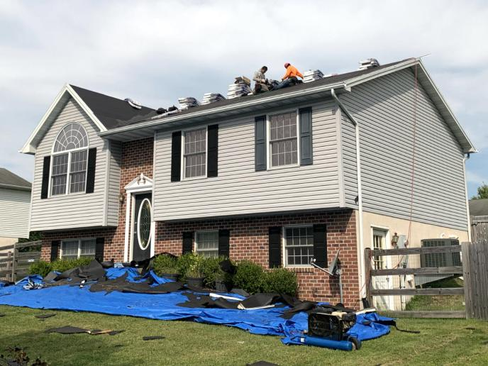 Roofing contractor in Littlestown PA 17340 Superior Services executes roof replacement for wind damage