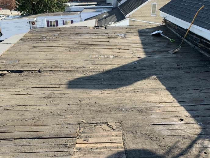Demolition of old EPDM rubber roof in Hanover PA by Superior Services