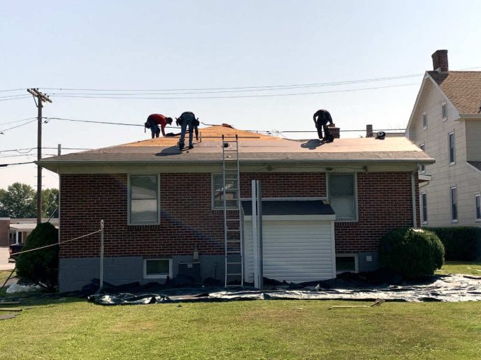 Our crew installing the lifetime GAF Roofing System in New Oxford PA 17350