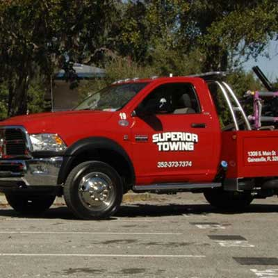 Superior Towing tow truck
