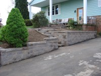 driveway retaining wall and steps
