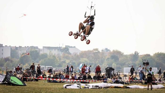 ash jump german