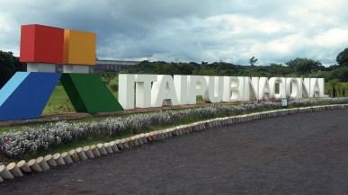 Das Logo des Itaipu Stauwerks