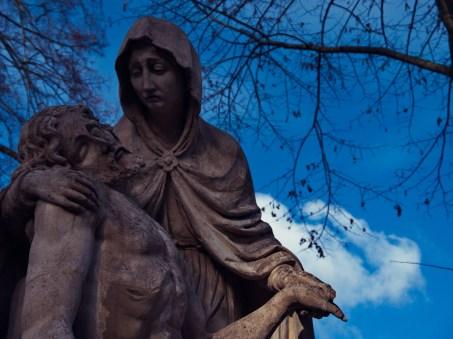 Mainz Hauptfriedhof - Statuen