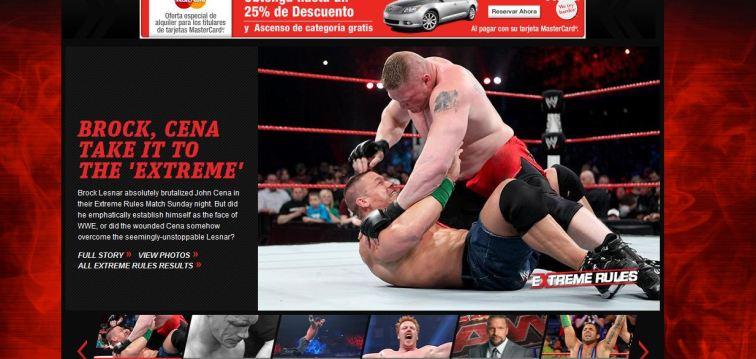 Brock Lesnar golpea a John Cena en WWE Extreme Rules 2012 / WWE.com