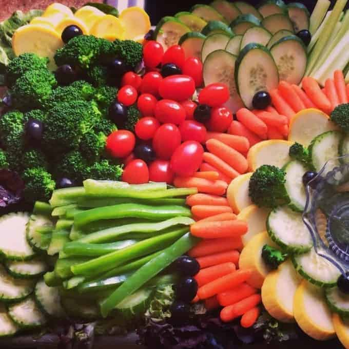 pretty vegetable tray