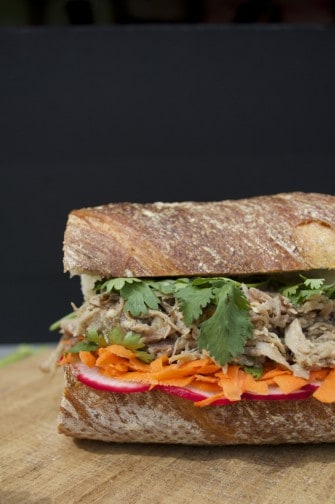 pulled pork banh mi