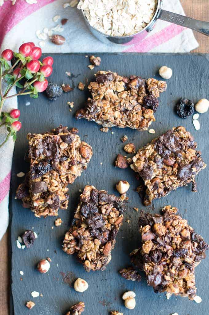 hazelnut, dark cherry & chocolate granola bars | superman cooks