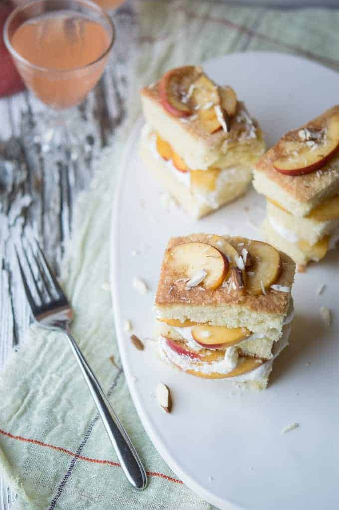 peach and almond tea cakes | superman cooks