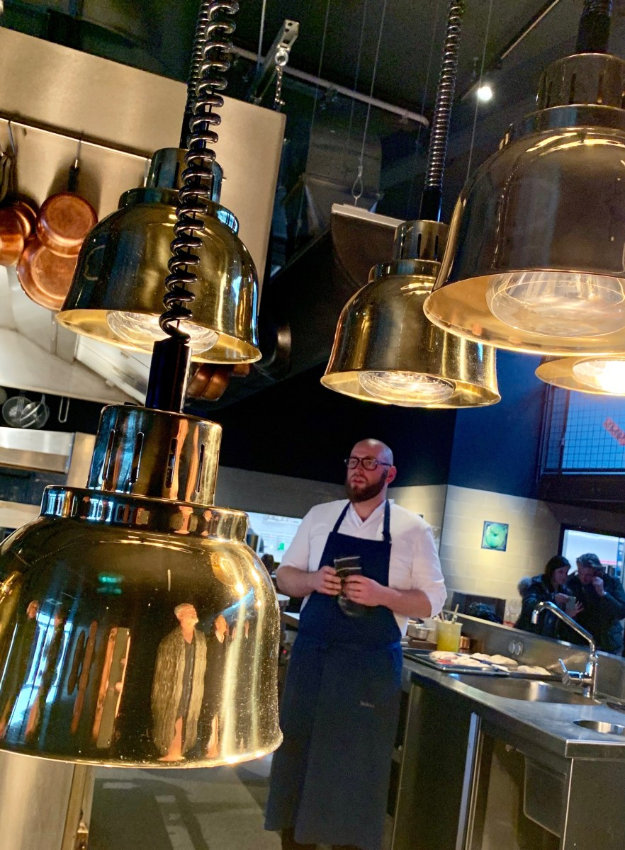 100/200 Kitchen: Küchenchef