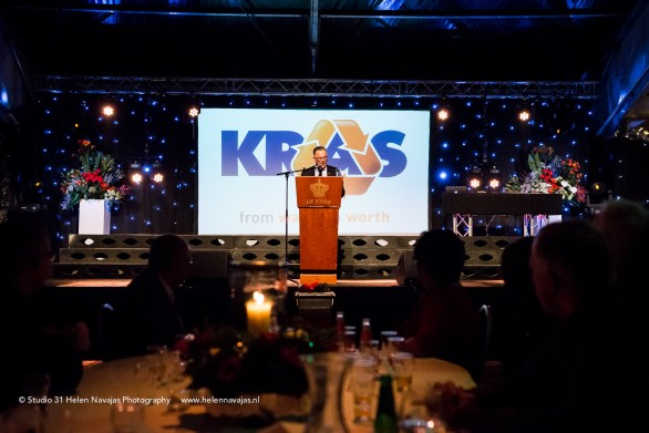 www.helennavajas.com