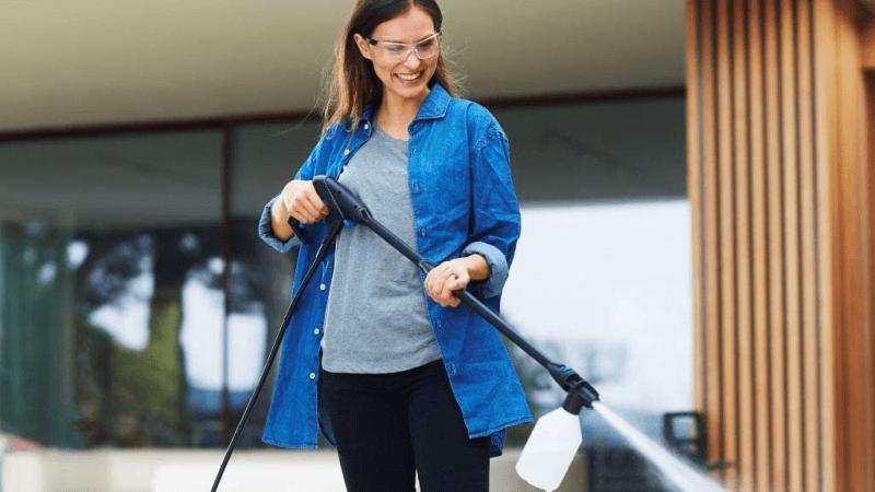 Nettoyeur haute pression : solution idéale pour maintenir votre environnement propre