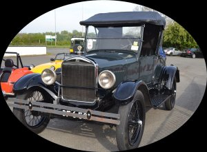 ford model T oval 900x663