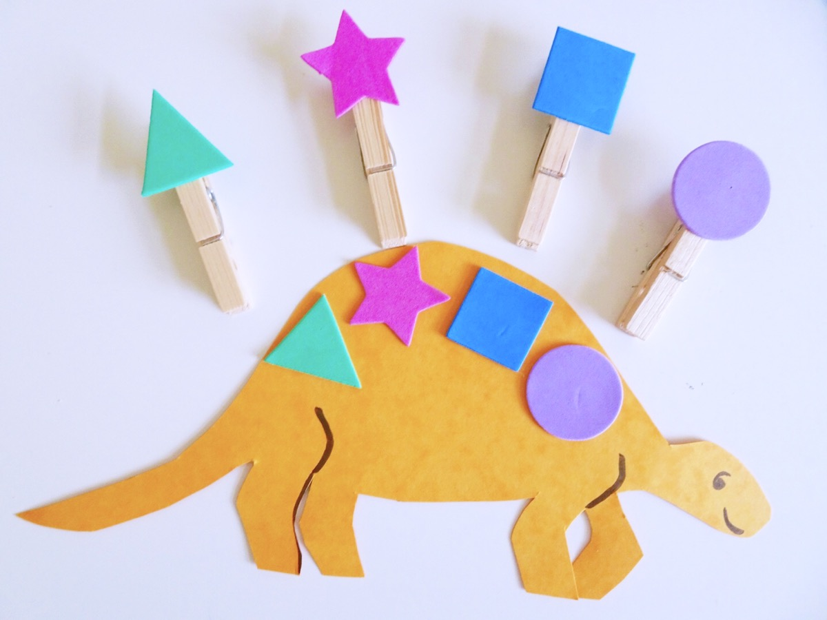 Dinosaur Shapes Amp Number Pegs