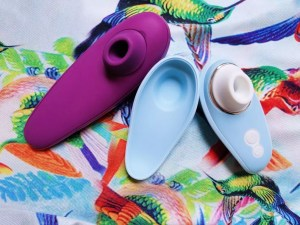 Image: the Womanizer Liberty and Womanizer Classic are about the same width, but the Classic has a longer handle