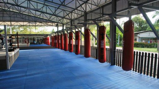 Kickboxing. Martial Arts Training. Thai-Kickboxing gyms