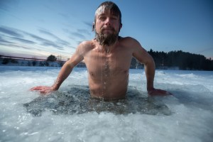 The Iceman cometh. Cold water showers. Benefits of cold water bathing. Hydrotherapy. Lifestyle. Super Soldier Project.