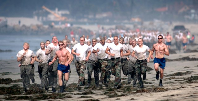Navy SEALs in training. Buds training. HIIT cardio.