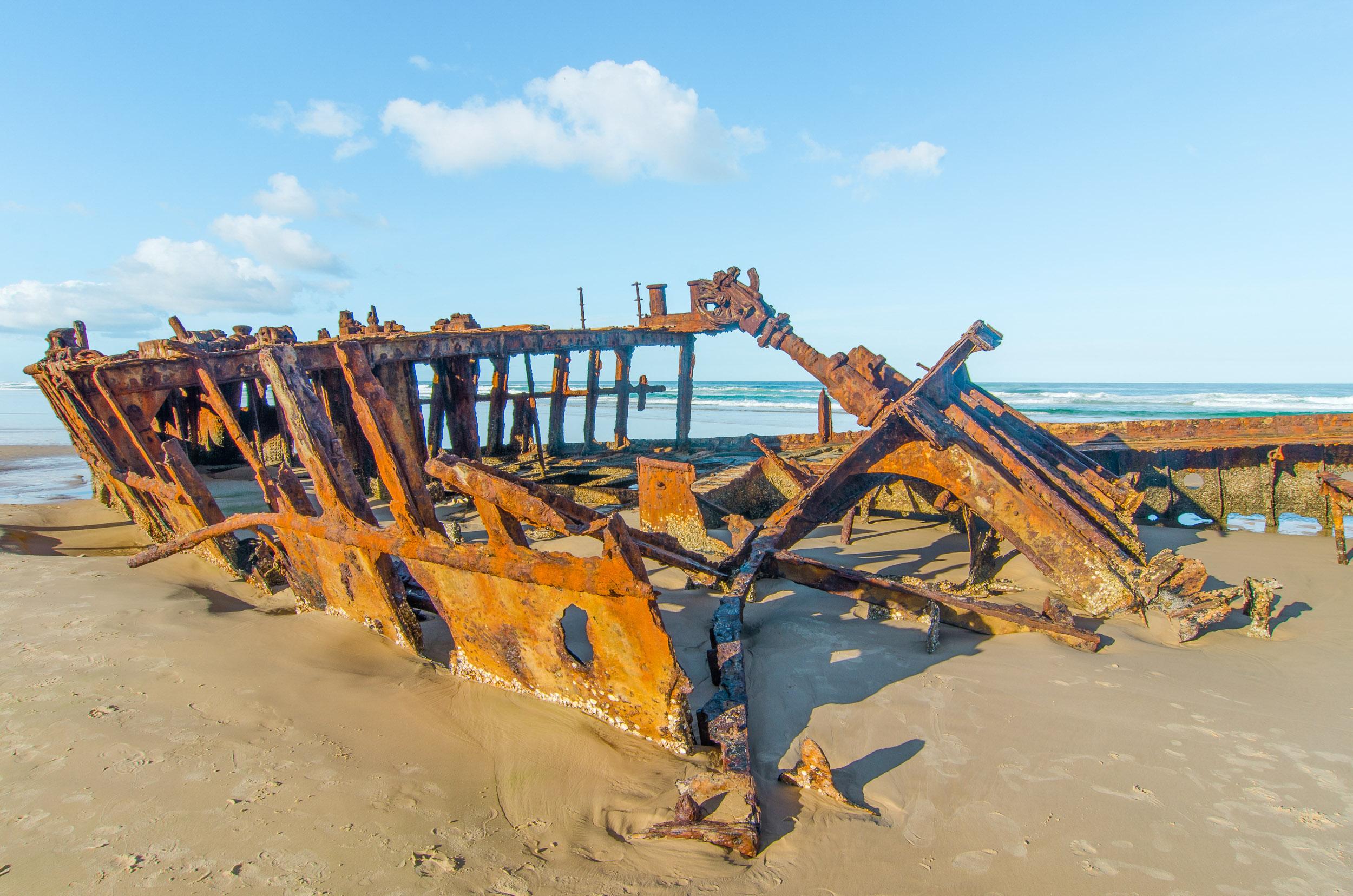 maheno shipwreck visiter fraser island