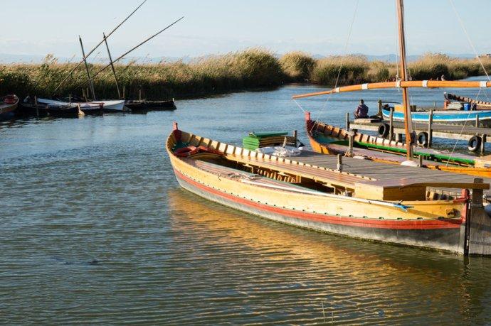 Barcas en La Albufera de Valencia